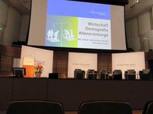 Wirtschaft, Demographie, Altersvorsorge: europa forum luzern 2011